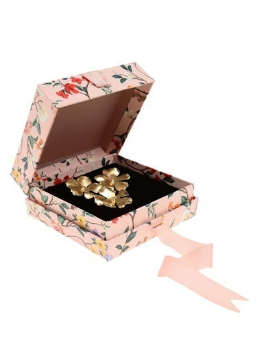 morhipo x dcey Üç Çiçekli Altın Kaplama Broş Altın